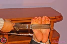 bastinado-for-high-heels-118