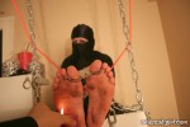 falaka_torture_307