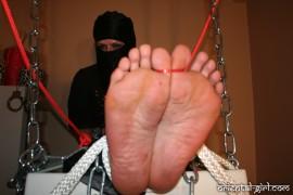 falaka_torture_316